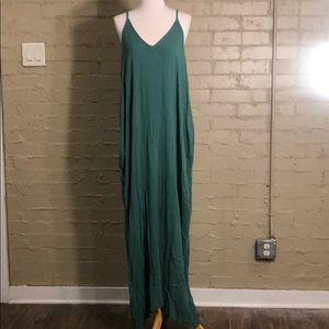 Love stick Green Maxi Dress w/ Pockets :S/M
